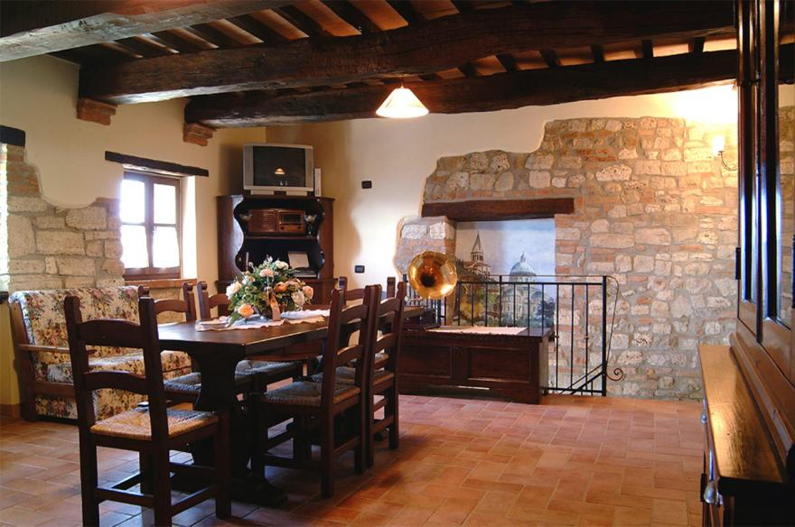 Ristorante e interni casale delle lucrezie for Interni di casali